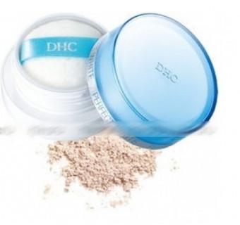 Пудра рассыпчатая с наноколлоидами платины DHC для выравнивания тона кожи